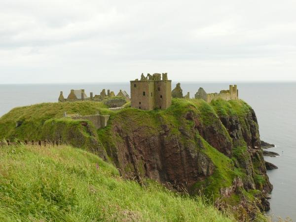 dunnotar-castle-1.jpg