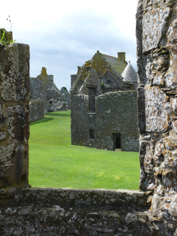 dunnotar-castle-2.jpg