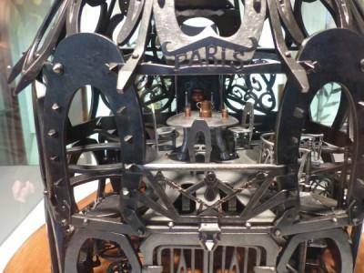 la forge miniature en fers à cheval