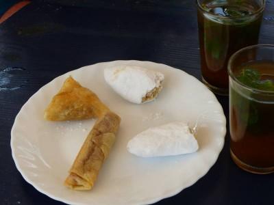 cornes de gazelle et thé à la menthe