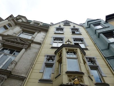 façades dans les rues